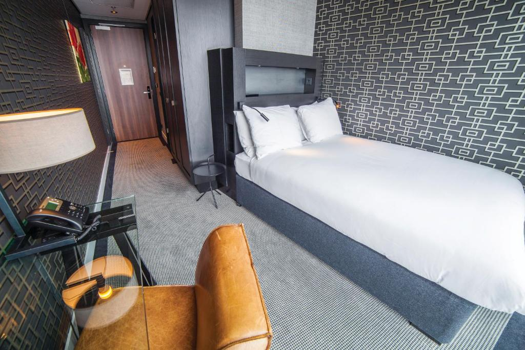 Single Guest Room with Double Bed