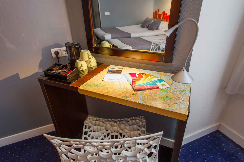ibis-styles-amsterdam-city-hotel