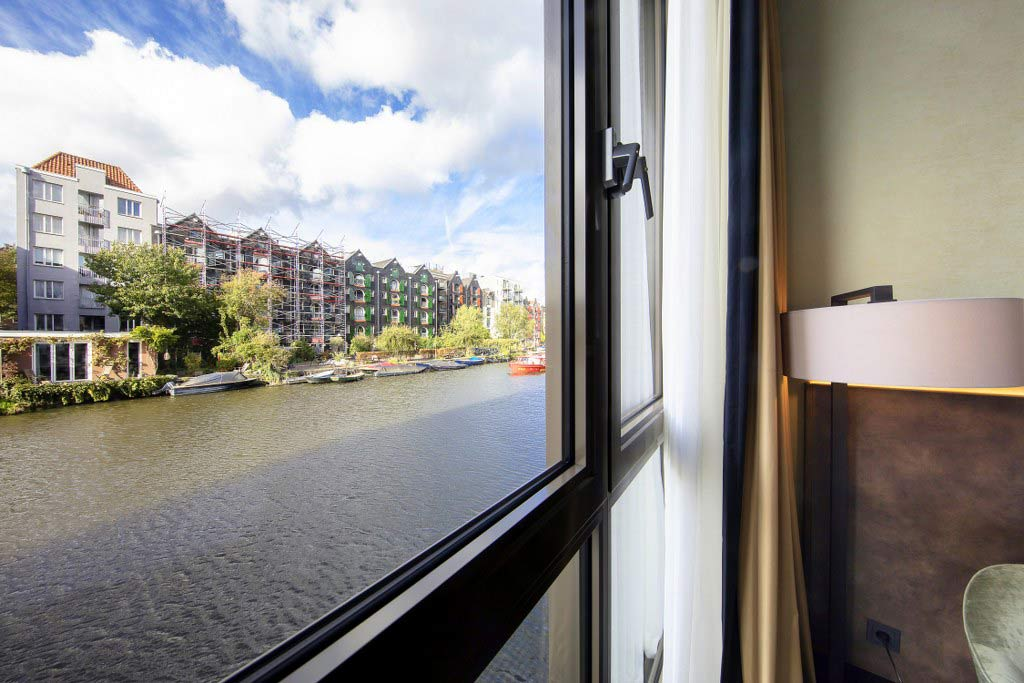 Double Room with canal view disability access